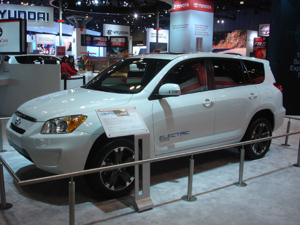 Tesla Motors And Toyota Team Up To Mass Produce Electric Car New York International Auto Show