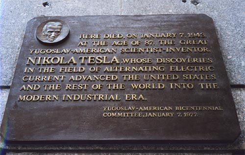 Plaque on Hotel New Yorker